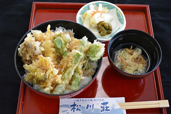 食堂メニュー 天丼